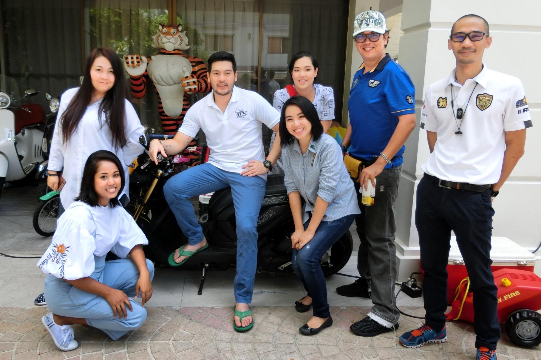 TP12 Custom Team